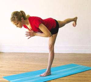 упражнения йоги для похудения ног